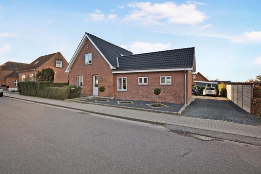 Villa på Kirkegade i Auning - Ejendom 1
