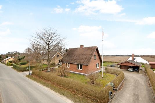 Villa på Auningvej i Auning - Ejendom 1