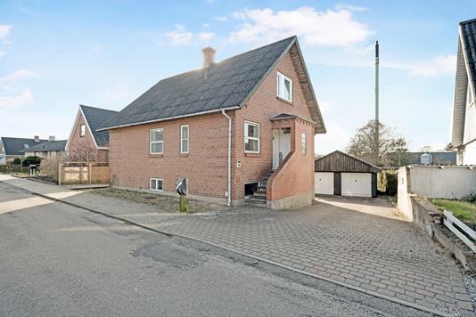 Villa på Skolegade i Allingåbro - Ejendom 1