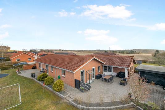Villa på Østervangs Alle i Auning - Ejendom 1