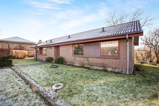 Villa på Bøgevej i Ryomgård - Ejendommen