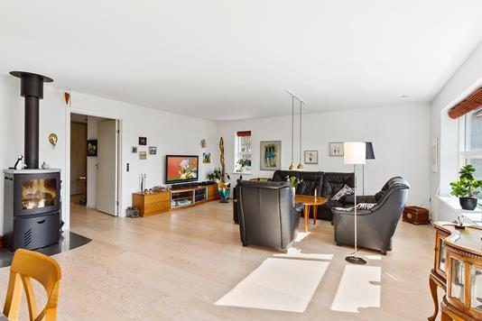 Villa på Vestergade i Ryomgård - Ejendommen