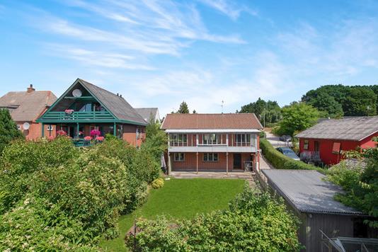 Villa på Skovvej i Ryomgård - Ejendommen