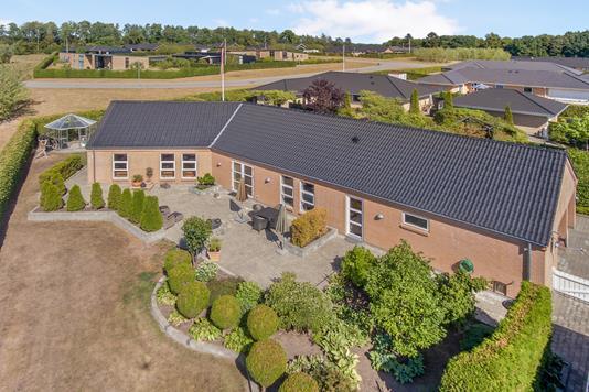Villa på Skovtoften i Ryomgård - Luftfoto