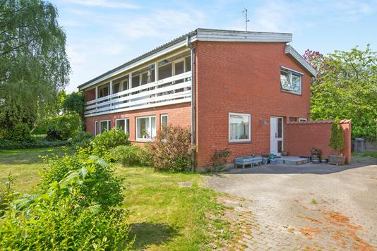 Villa på Vibevej i Ryomgård - Ejendommen