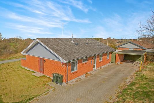 Villa på Eskebakken i Nimtofte - Ejendommen