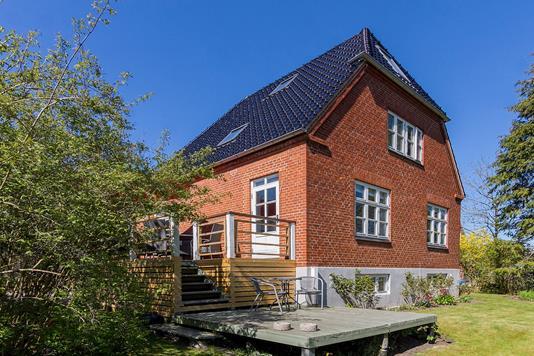 Villa på J. Skjoldborgs Vej i Åbyhøj - Ejendommen