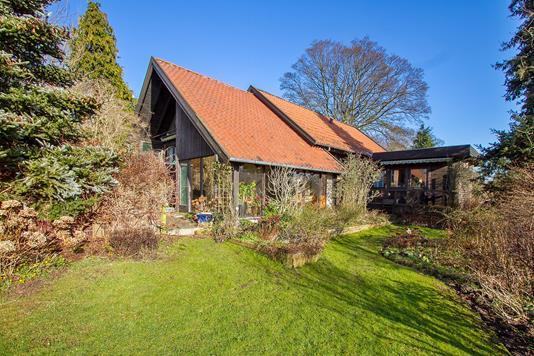 Villa på Kirstensvej i Brabrand - Ejendommen