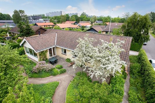 Villa på Klokkerfaldet i Aarhus V - Ejendommen