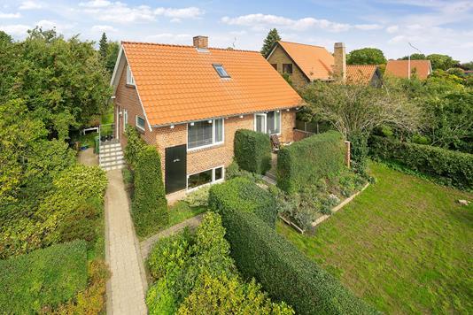 Villa på Klokkervej i Aarhus V - Set fra vejen