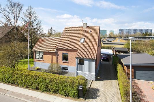 Villa på Nattergalevej i Aarhus V - Andet