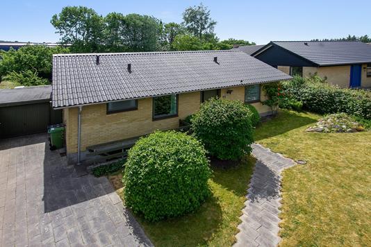 Villa på Oktobervej i Aarhus V - Ejendommen