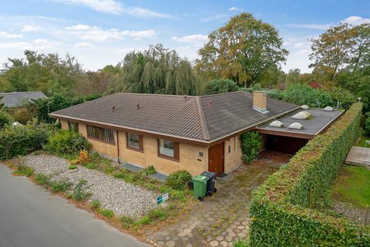 Villa på Runehøjen i Aarhus V - Set fra vejen
