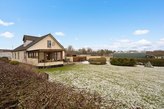 Villa på Rætebølvej i Brabrand - Ejendommen