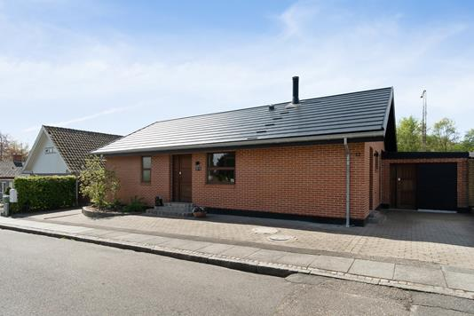 Villa på Thomas Thaarups Vej i Åbyhøj - Ejendommen