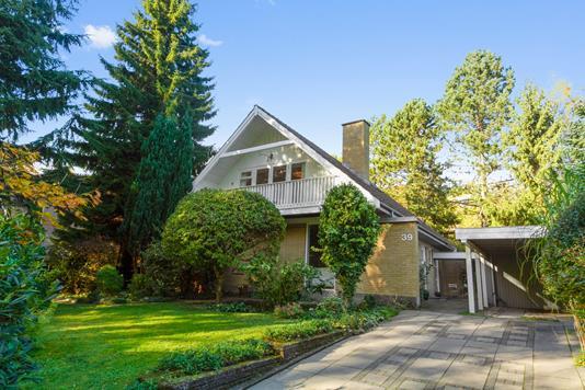 Villa på Tingstedet i Brabrand - Set fra vejen