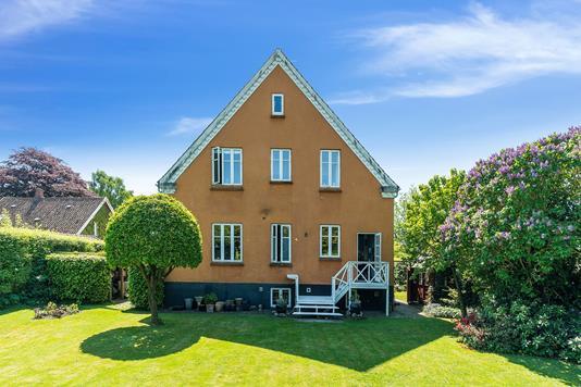 Villa på Viborgvej i Aarhus V - Ejendommen