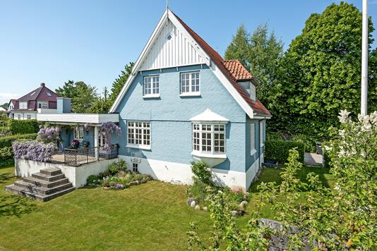 Villa på Yrsavej i Åbyhøj - Ejendommen