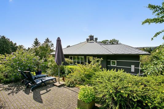 Villa på Hans Broges Vej i Brabrand - Set fra haven