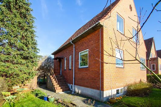 Villa på Chr. Winthers Vej i Åbyhøj - Set fra haven