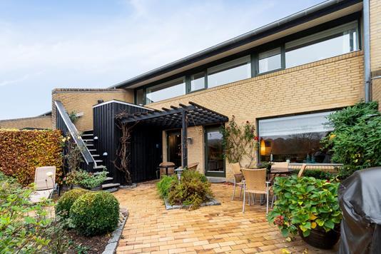 Villa på Hejrebakken i Brabrand - Udendørs
