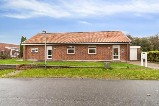 Villa på Holmstrupgårdvej i Aarhus V - Set fra vejen