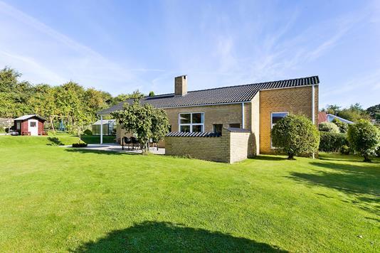 Villa på Holmstrupgårdvej i Aarhus V - Ejendommen