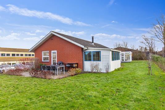 Villa på Elkjærvej i Åbyhøj - Set fra haven
