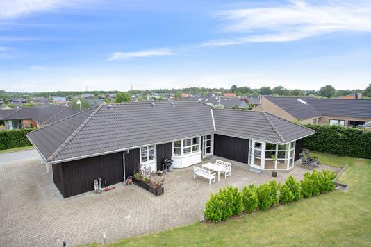 Villa på Laskedalen i Brabrand - Set fra haven