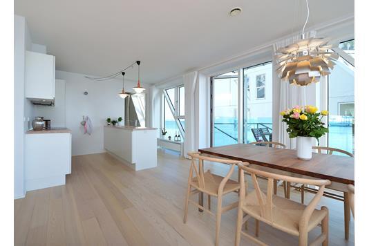 Ejerlejlighed på Mariane Thomsens Gade i Aarhus C - Køkken alrum