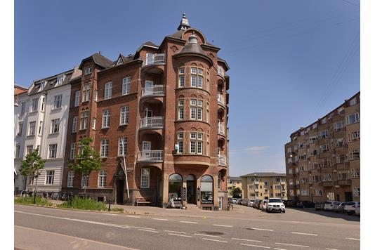 Ejerlejlighed på Hans Broges Gade i Aarhus C - Ejendommen