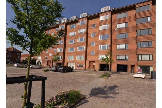 Ejerlejlighed på Joh. Baunes Plads i Aarhus C - Ejendommen