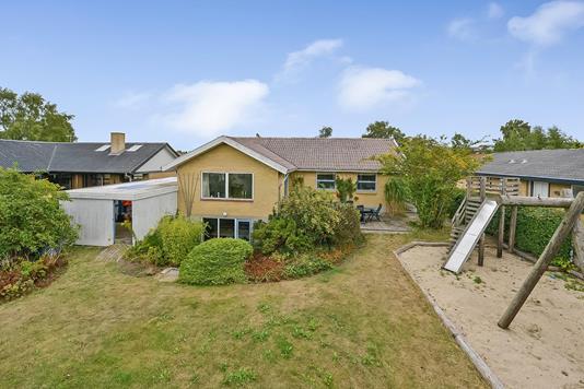 Villa på Hampehaven i Randers NV - Ejendommen