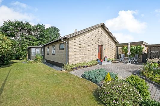 Villa på Jeppe Aakjærs Vej i Hadsten - Ejendommen