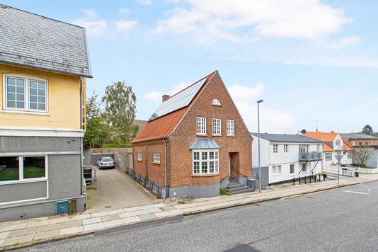 Villa på Søndergade i Hadsten - Ejendom 1