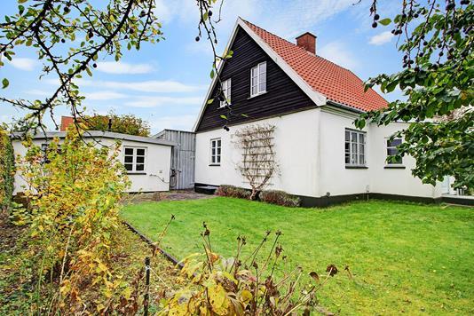 Villa på Virumvej i Virum - Ejendommen