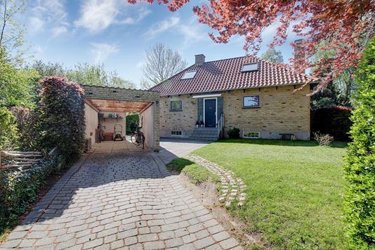 Villa på Agnesvej i Kongens Lyngby - Ejendommen