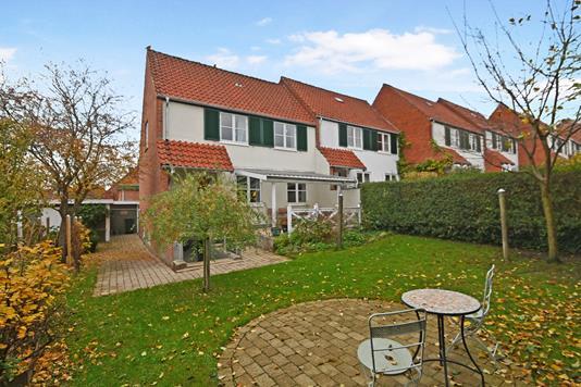 Villa på Bredesvinget i Virum - Ejendom 1