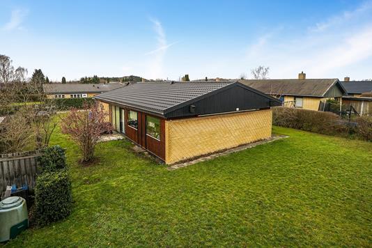 Villa på Rendsagervej i Vallensbæk - Set fra haven