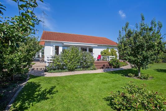 Villa på Holmegårdsvej i Vallensbæk Strand - Ejendommen