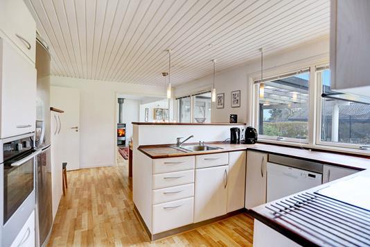 Villa på Højagervænget i Solrød Strand - Køkken