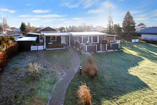 Villa på Fredensbovej i Solrød Strand - Ejendommen
