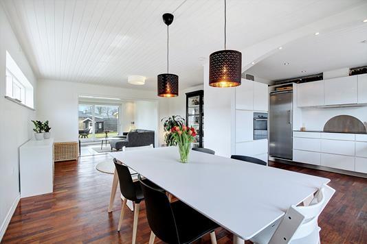 Villa på Solvænget i Solrød Strand - Køkken