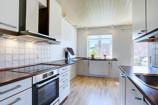 Ejerlejlighed på Maglekæret i Solrød Strand - Køkken