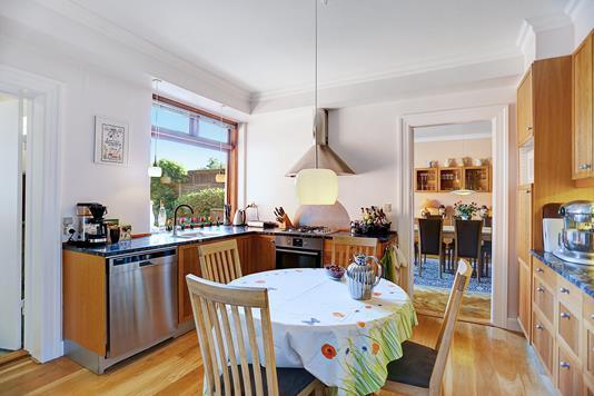 Villa på Solrød Byvej i Solrød Strand - Køkken