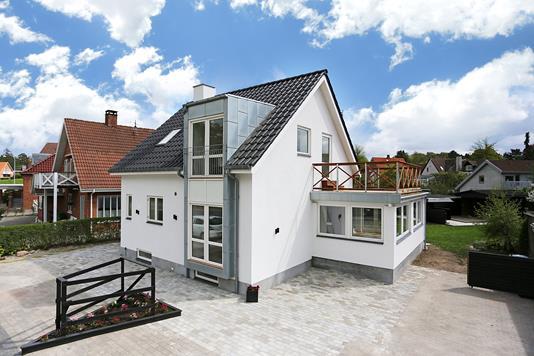 Villa på Sankt Clara Vej i Roskilde - Ejendommen