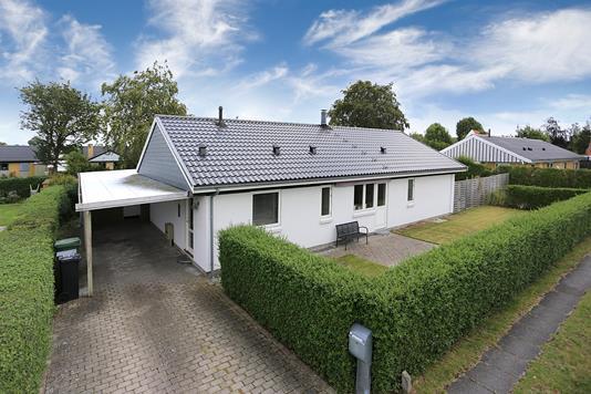 Villa på Møllehaven i Karlslunde - Ejendommen