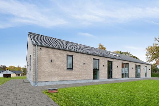 Villa på Ølsemagle Kirkevej i Lille Skensved - Facade