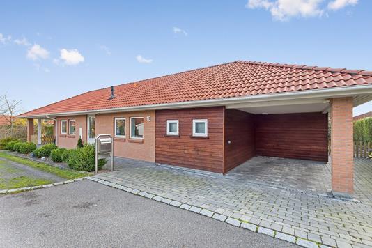 Villa på Grønnekildevej i Køge - Ejendommen