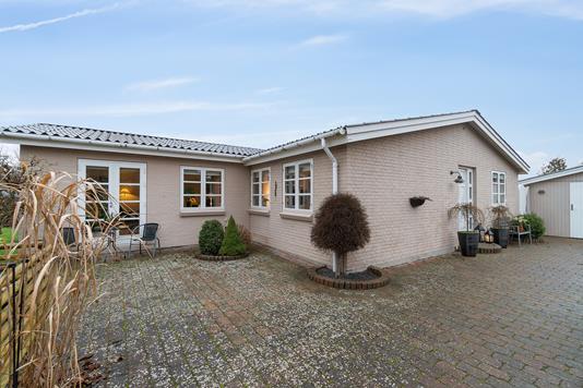 Villa på Konvalvej i Køge - Ejendommen